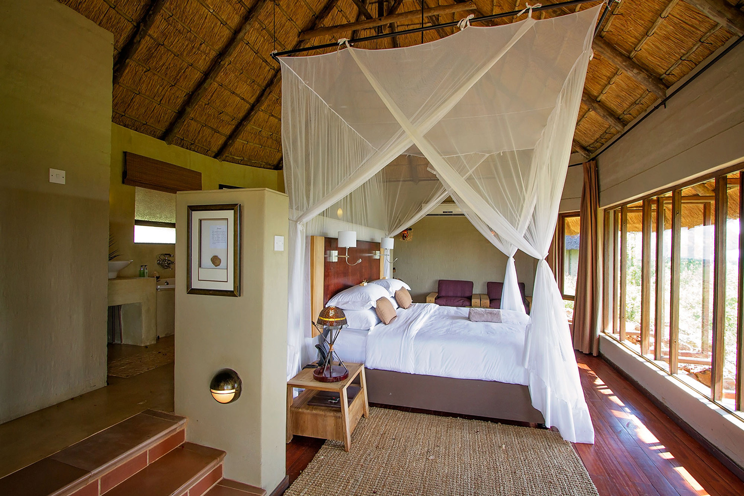 Christmas, holiday packages, getaway packages, travel packages, Botswana, Liquid Giraffe, Wilderness Safaris, Ker and Downey, Africa Albida Tourism, Natural Selection, Desert and Delta