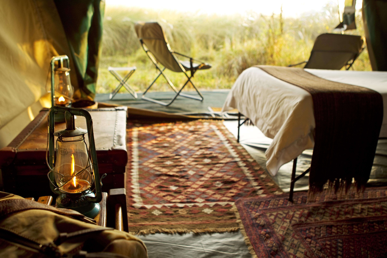 Liquid Giraffe, Botswana, Okavango Delta, Chobe National Park, Moremi Game Reserve, Botswana Safari Experts, Botswana Safari Accommodation, Safari Camp