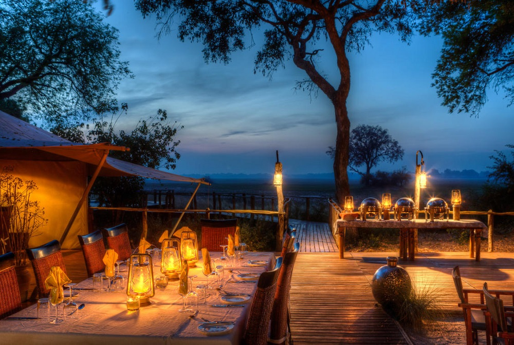 Liquid Giraffe, Kadizora Camp, Safari Camp, Okavango Delta, Botswana, Safari Package, Botswana Safari, African Safari, Hot Air Ballooning
