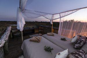 Liquid Giraffe, African Safari, Southern Africa Safari, Luxury Honeymoon Safari, Honeymoon Safari, Skybed
