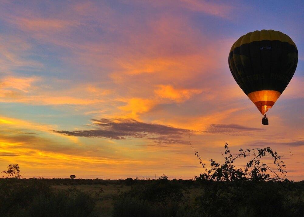 Liquid Giraffe, African Safari, Southern Africa Safari, Luxury Honeymoon Safari, Honeymoon Safari, Hot Air Balloon